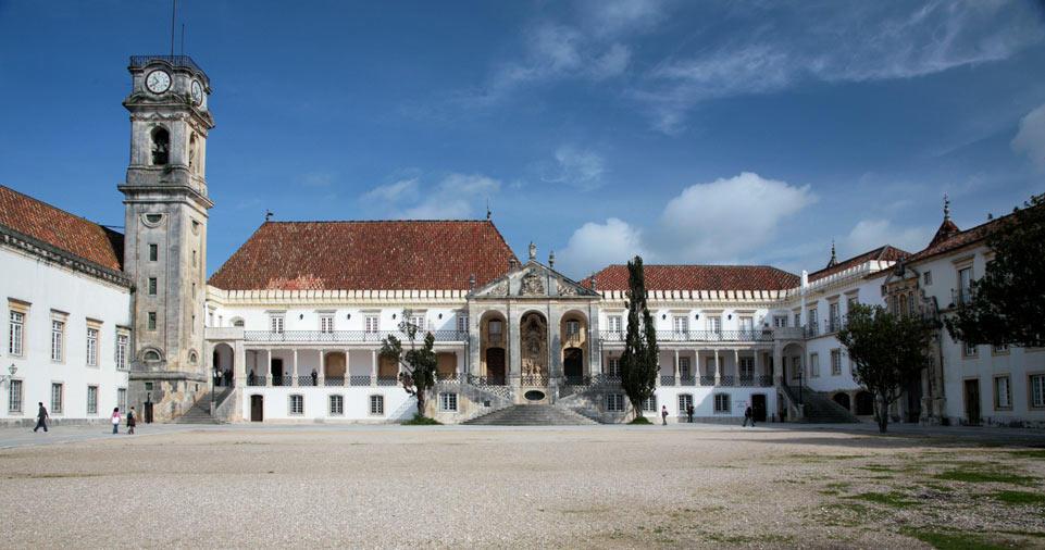 Dai hoc Coimbra