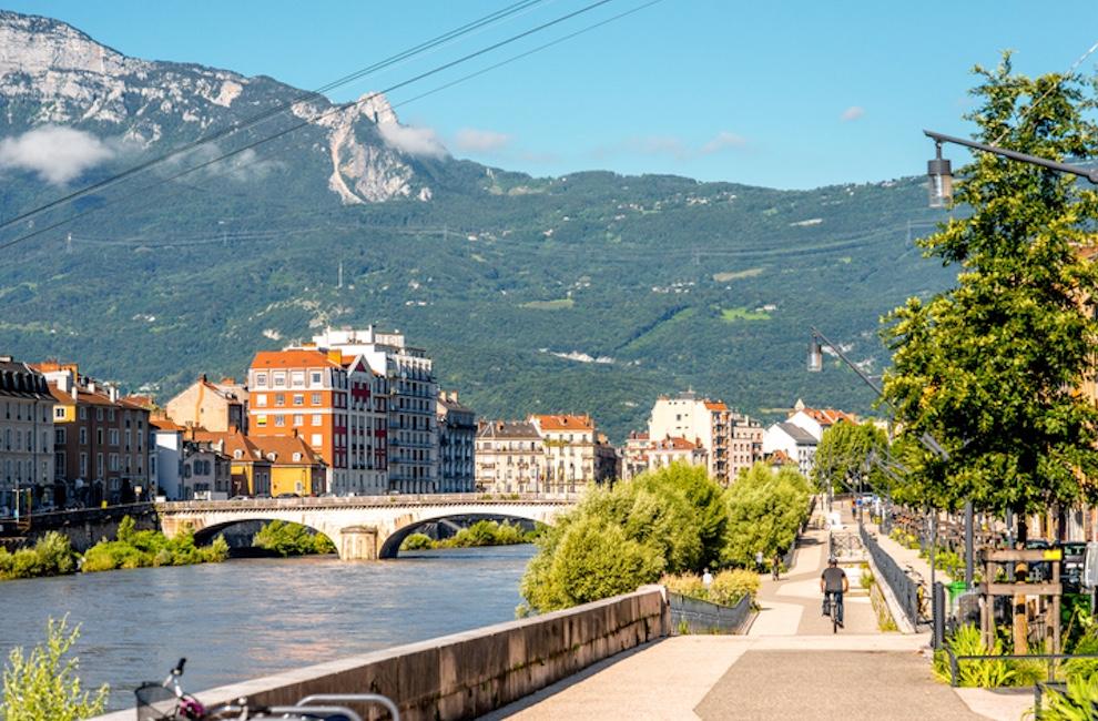 Dai hoc Grenoble Alpes